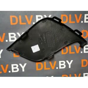 Накладка переднего бампера правая 8450021529